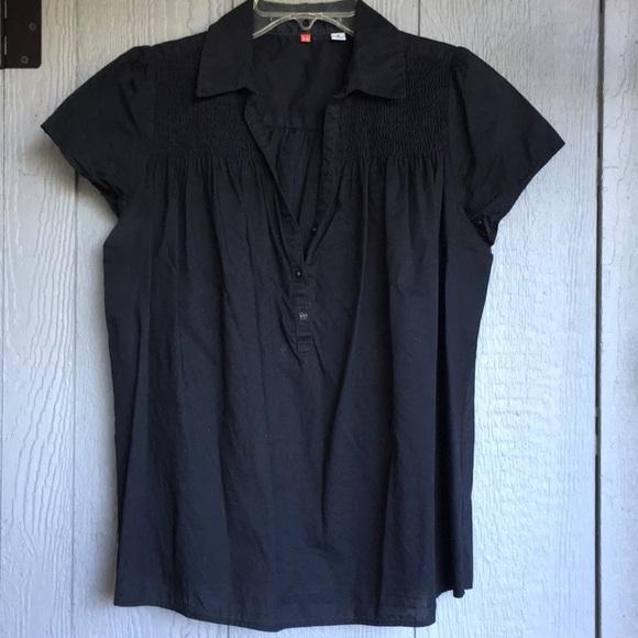 dc021ad7c4ce Uniqlo Tops | Shirt Sleeve Black Top With Pin Tucking | Poshmark